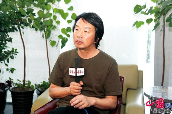 刘震云:每一部作品呈现不一样的思考深