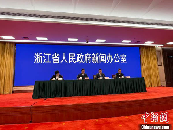 浙江全面启动18周岁及以上居民免费接种新冠疫苗工作