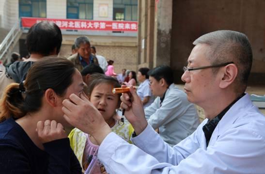 党委组织部部长武志英,人事处处长李文斌和河北医科大学第一医院党委